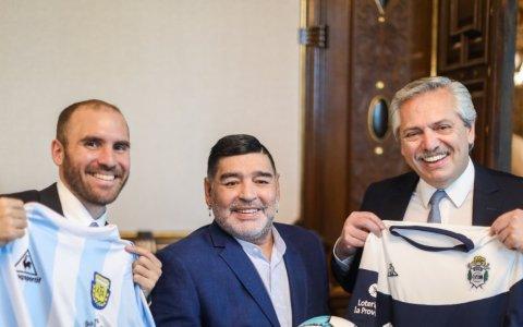 Encuentro del presidente Alberto Fernández con Diego Maradona